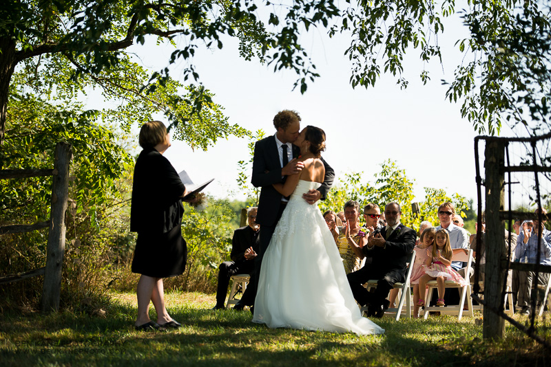 ontario farm wedding (9)