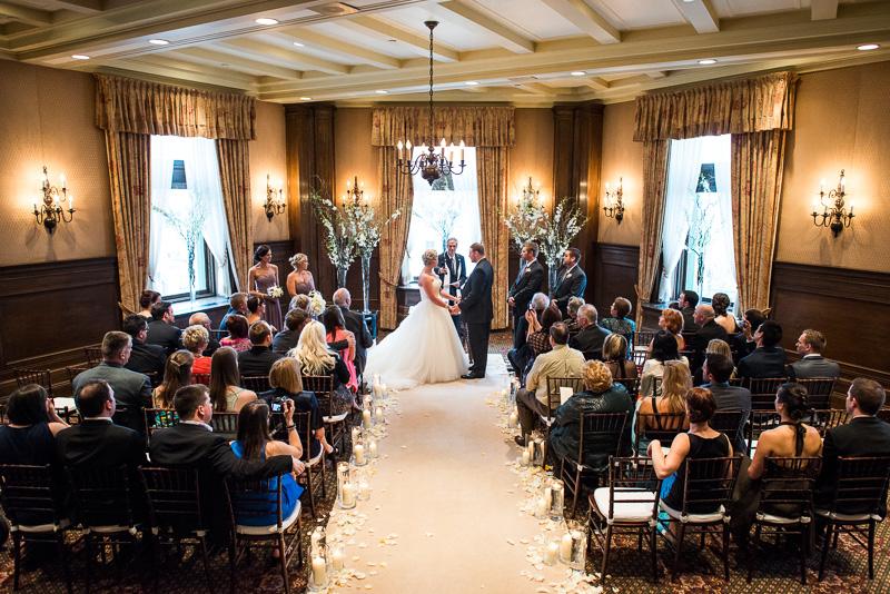 chateau frontenac wedding quebec (17)